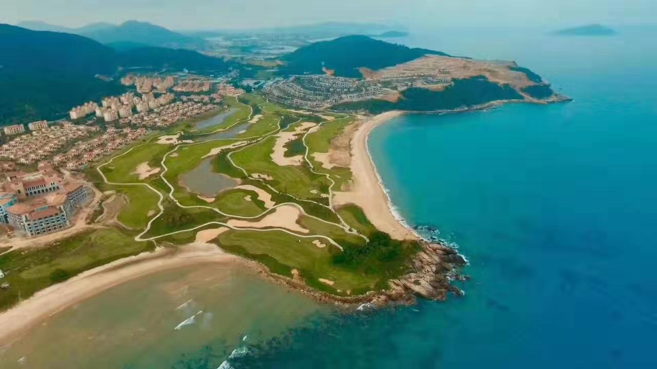 万宁半山瞰海洋房项目金泰南燕湾开售了 一口价200-300万/套